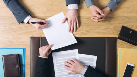 assinatura-de-contrato-1-492x258